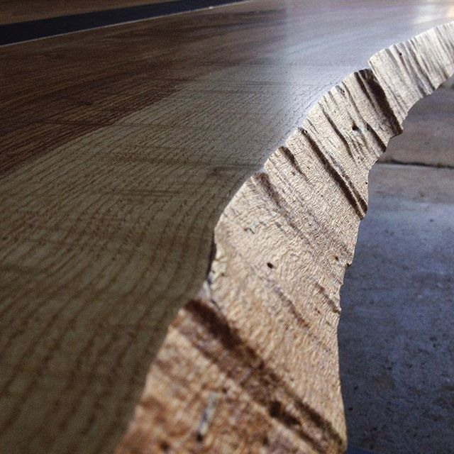 Stunning live edge detail on this elm slab. A beautiful table by 1819 design lab. We are collaborating on a new large walnut donning table together here very soon.