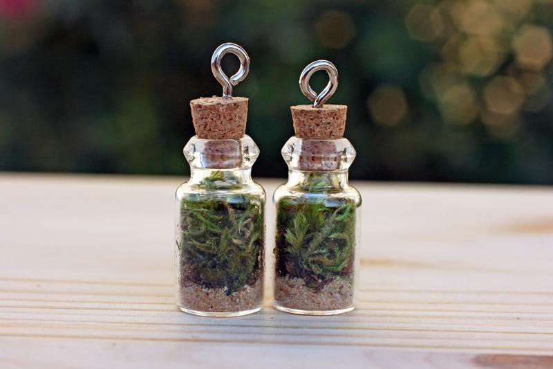 mini terrarium necklace2.jpg