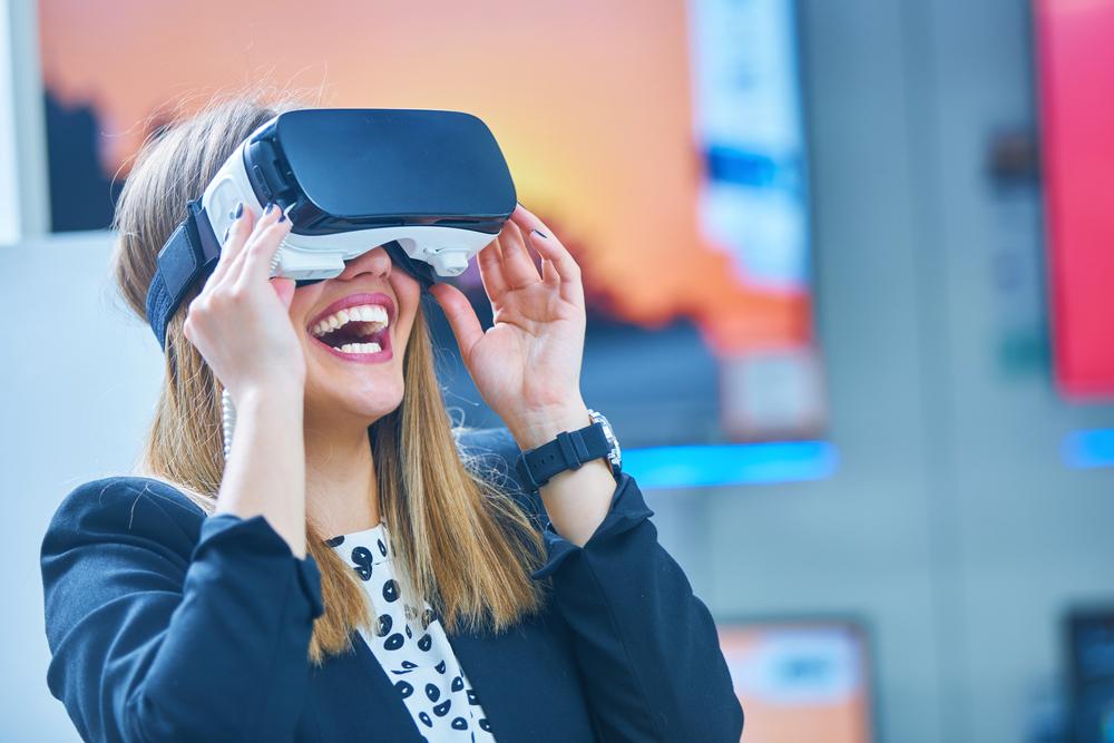 virtual reality2.jpg