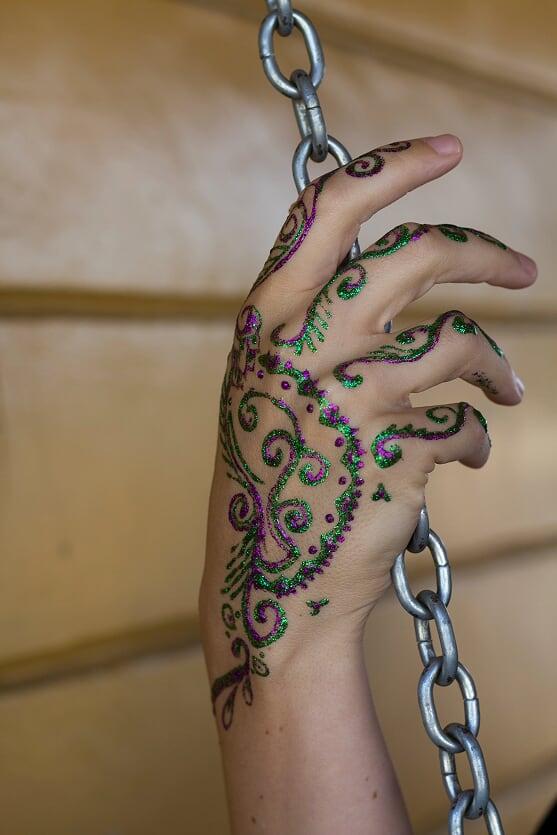 glitter henna 4.jpg