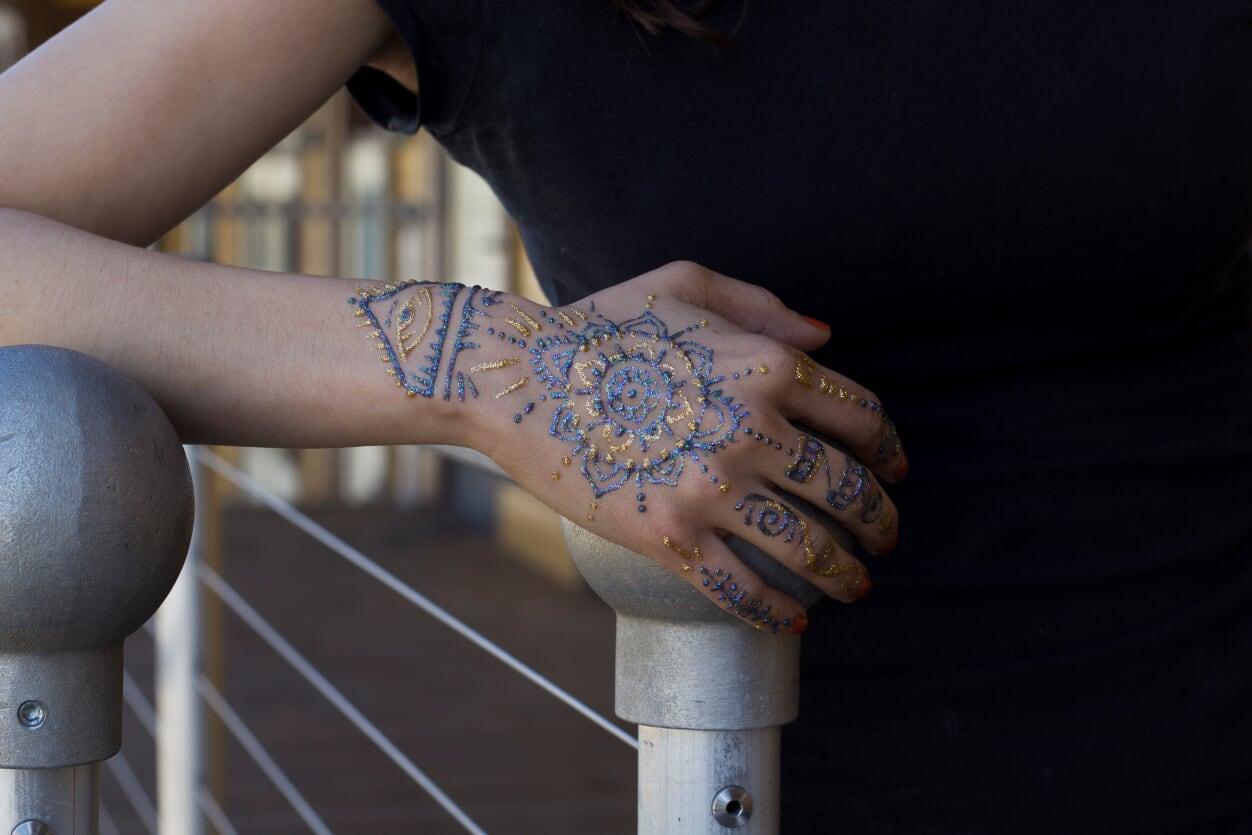 glitter henna 5.jpg