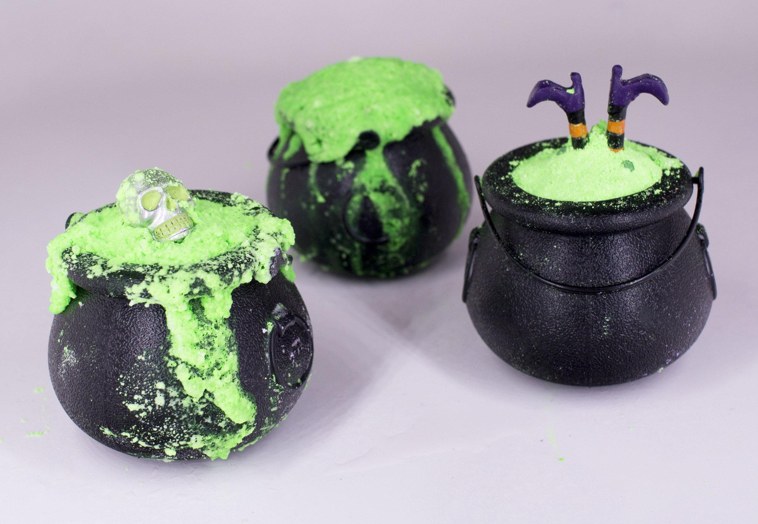 Vita Perfetta - Halloween Cauldron 6.jpg