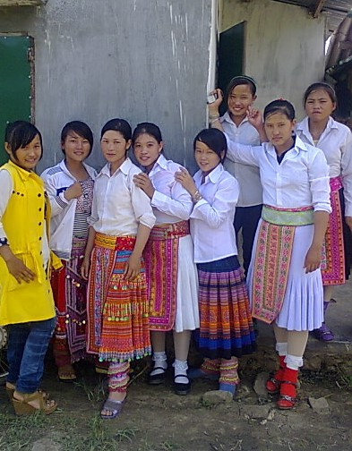 Mie Ethnic church folks, ELCV, Daclac Province, in their Sunday best. They too need our love and practical help – and receive it. The tribal people suffer much.