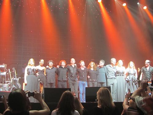 Airlie Koo's Australian Pop Quartet touring with Ronan Keating