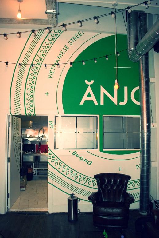 anjoyblog3.jpg