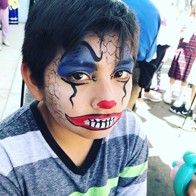 #facepainting #sillyfarm #sillyfarmsupplies #professionalfacepainter #bayareaevents #WynazzPizzazz Wynazzpizzazz.com
