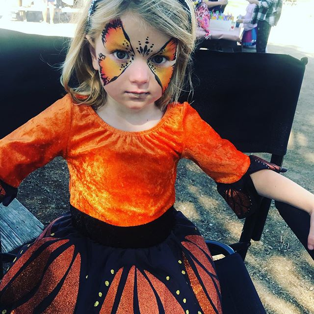 Look @ this super sweet monarch butterfly from gig today #shesmiled #notforcamerathough #facepainting #kidsentertainment #wynazzpizzazz