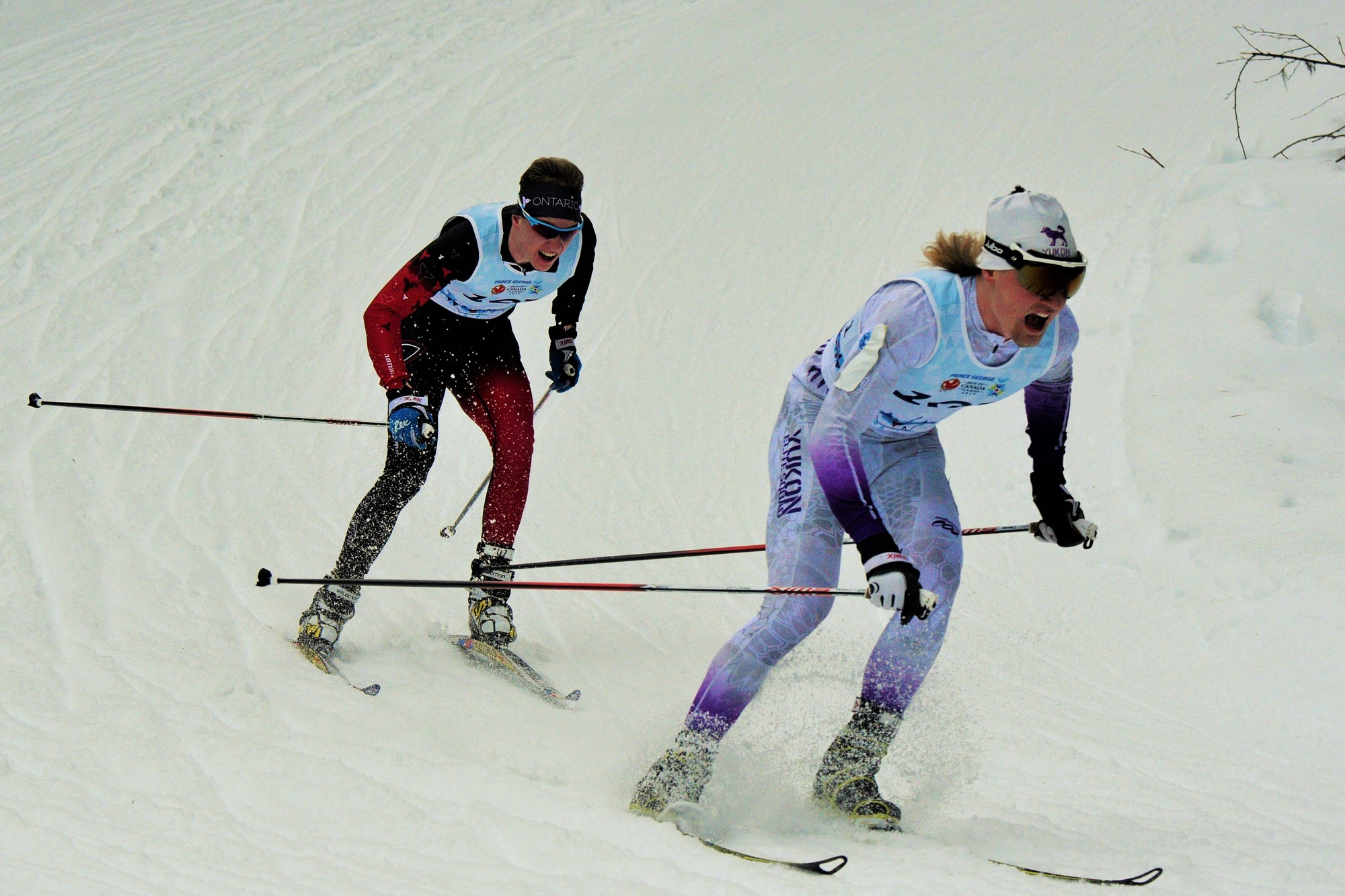 Last 200 meters of the 15 km Skate, Following Knute Johnsgaard. Photo Credit: Otway Photo's.