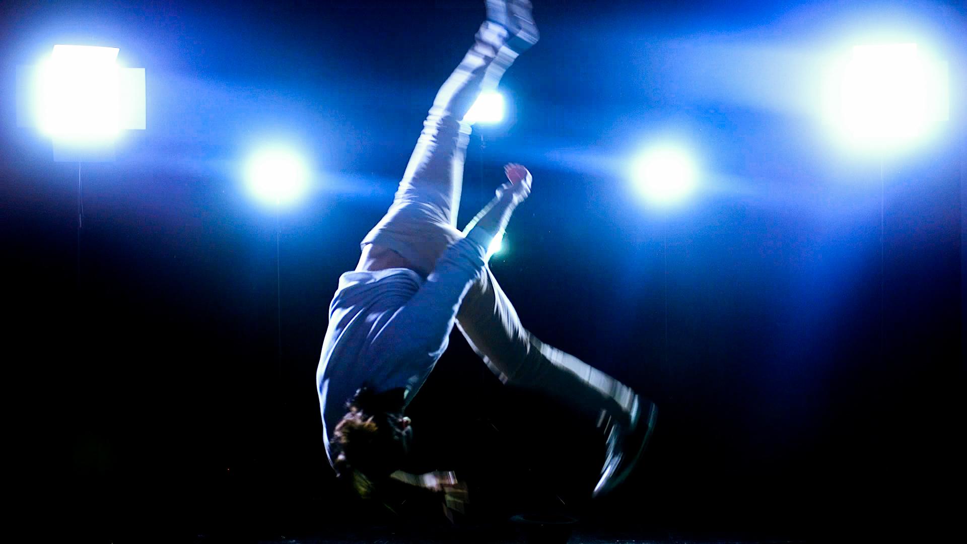 zanfer.solo.dance.43.jpg