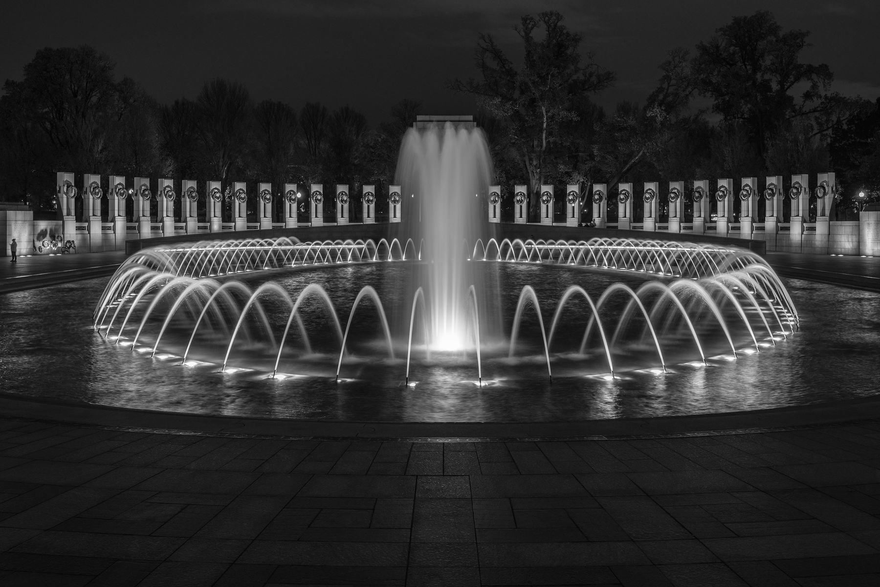 World War II Memorial • National Mall, Washington, DC. Fuji X-T2 and a Fujinon XF10-24mm f4 at 12mm. Image exposed at ISO 200 at f5.6 for 4 seconds.
