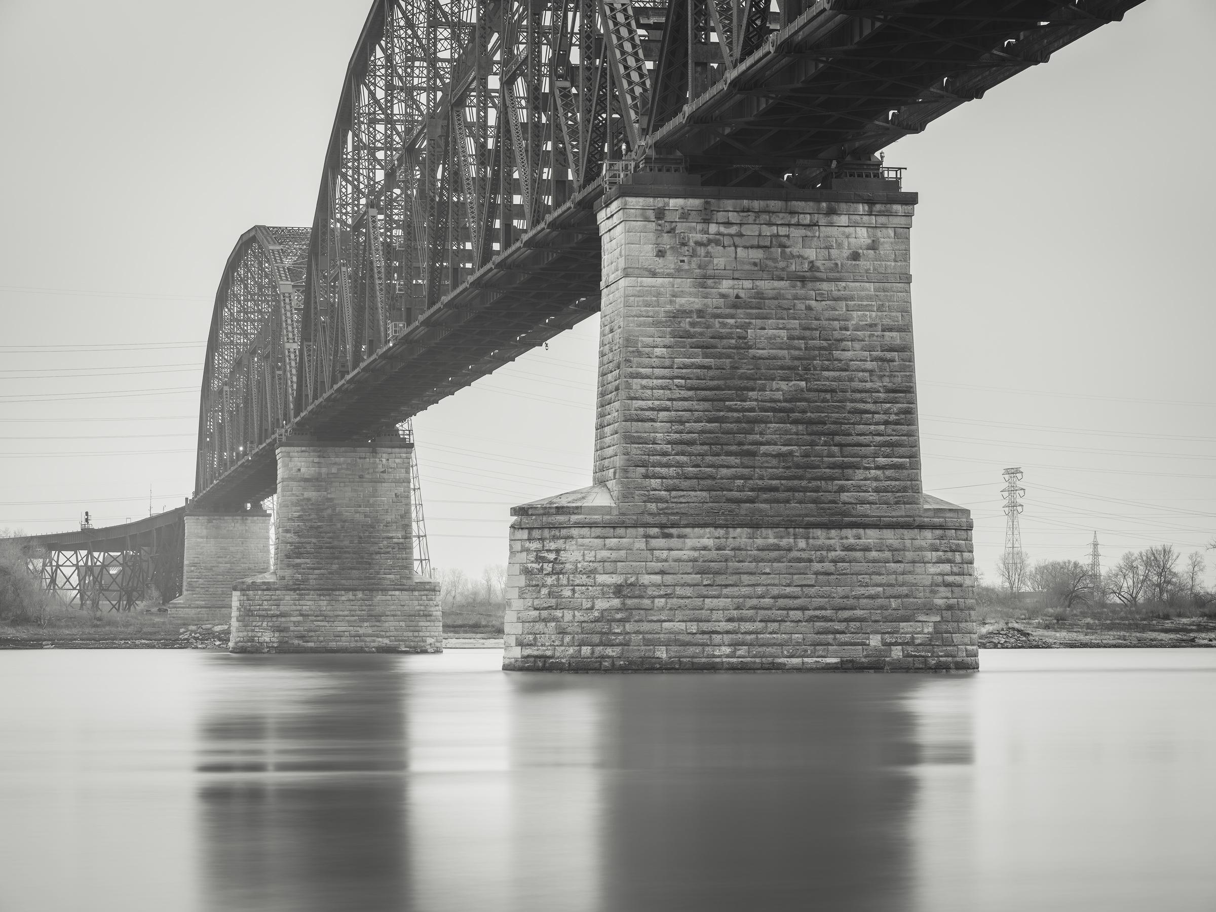 McKinley Bridge, St Louis MO - Fuji GFX50s and a Fujinon GF32-64mm f4 R WR   ISO 100 at f11 for 120 seconds.