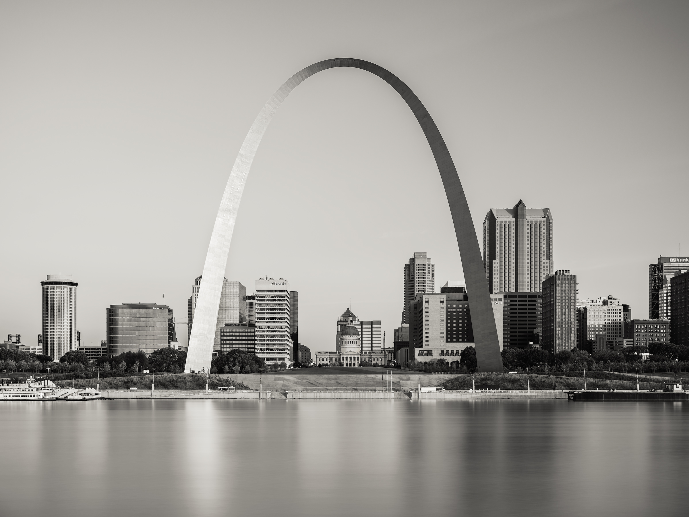 The Arch, St Louis, MO - Fuji GFX50s and a Fujinon GF32-64mm f4 R WR | ISO 100 at f11 for 60 seconds.