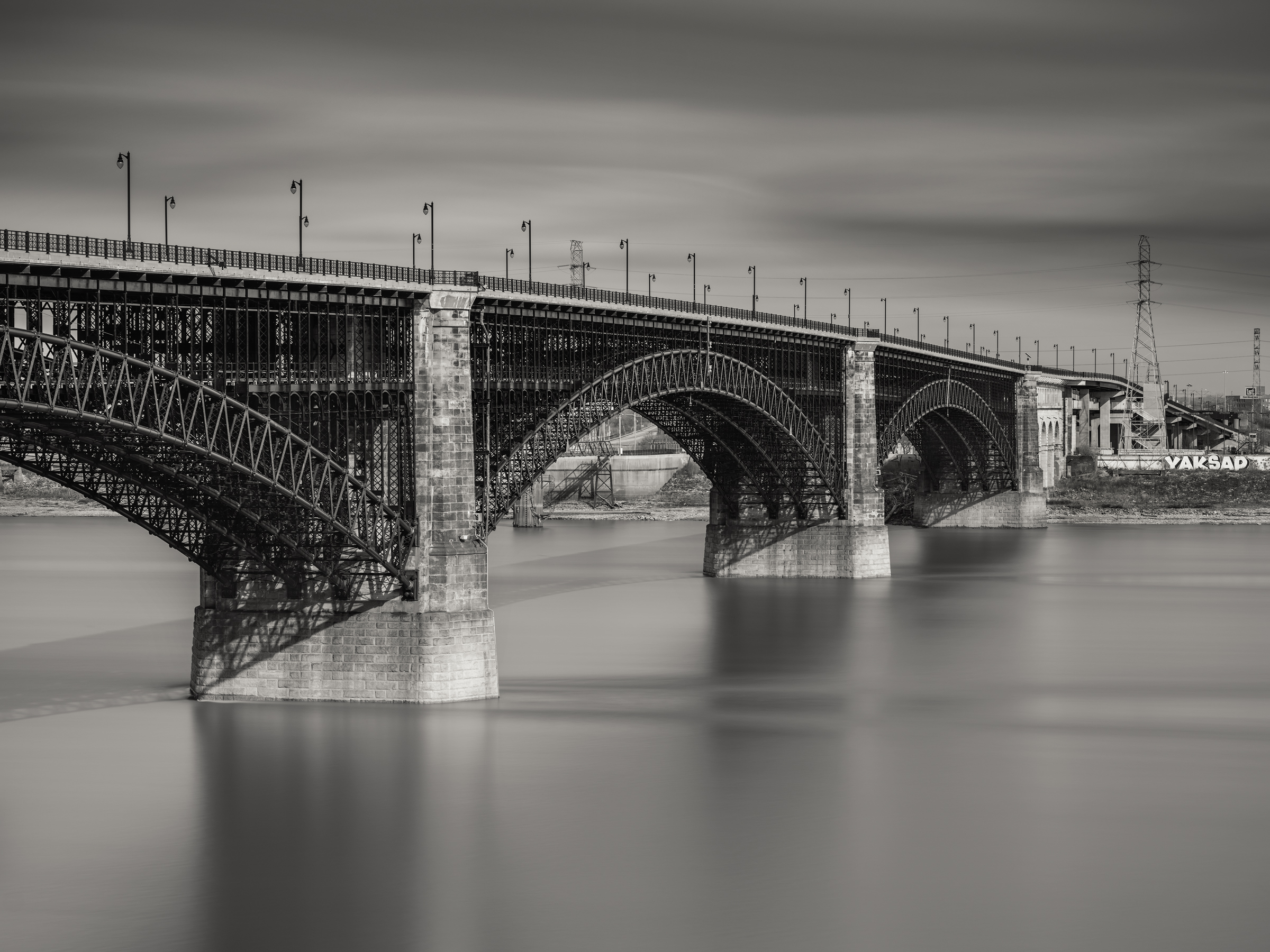 Eads Bridge and the mississippi, St Louis, MO - Fuji GFX50s and a Fujinon GF110mm f2 R WR | ISO 100 at f11 for 120 seconds.