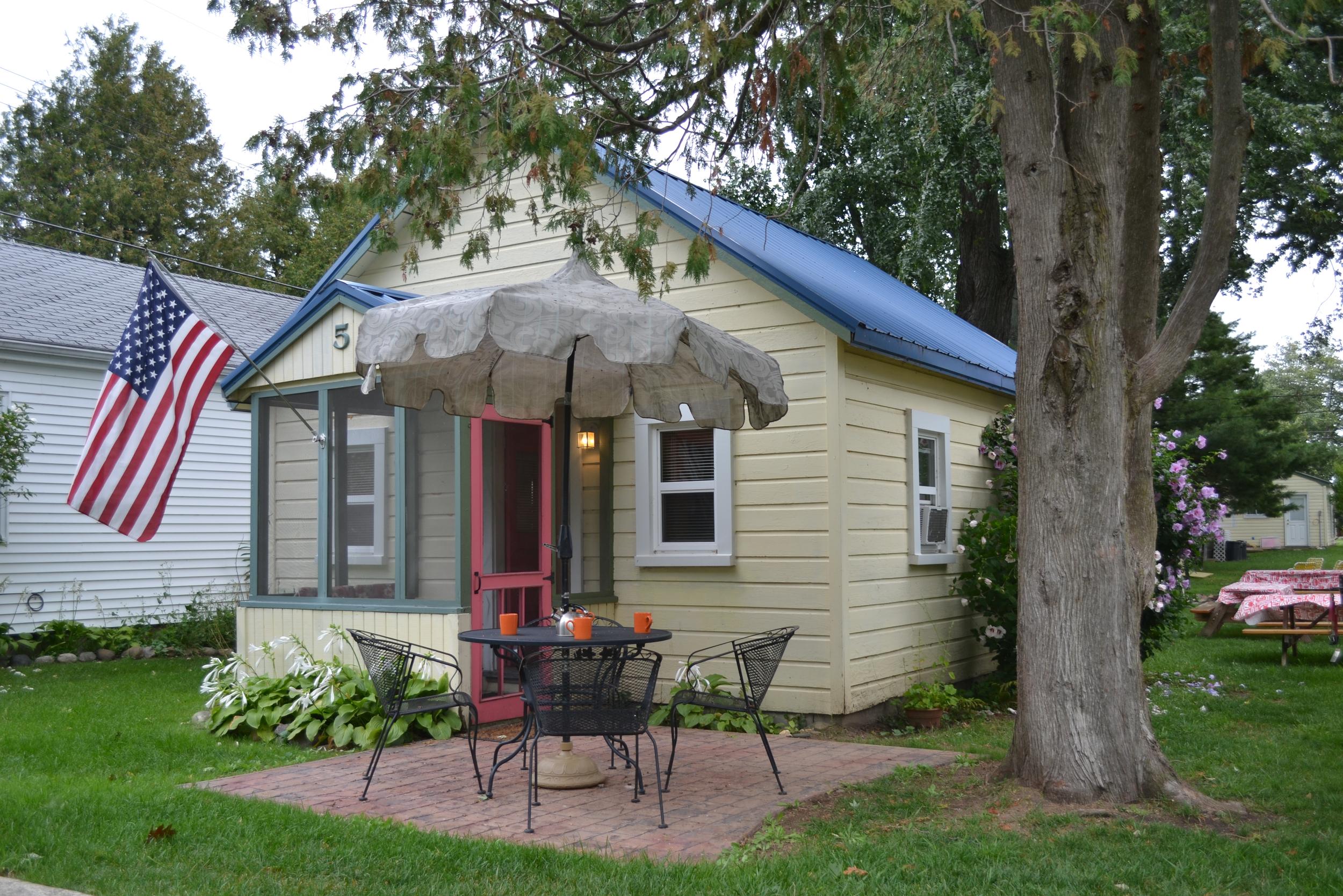 Cottage 5 - 08.jpg