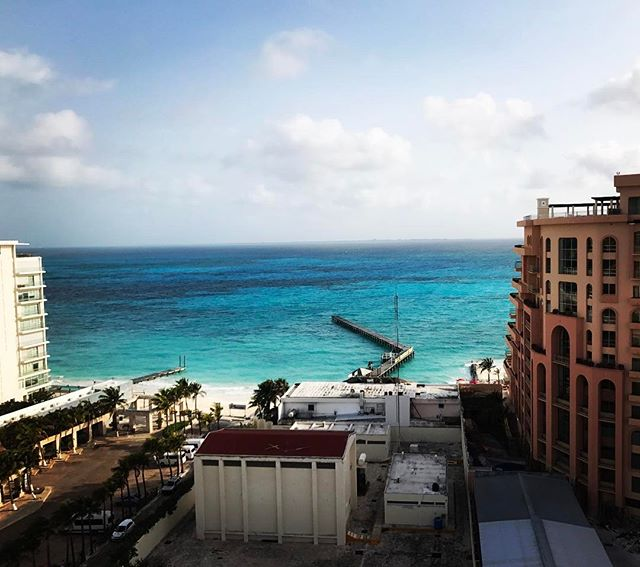 Es tiempo para ir al playa! #AJGoesToMexico