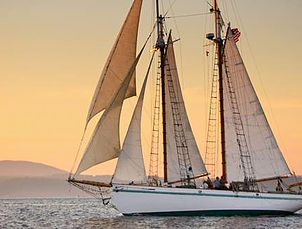 San Jaun Classic Day Sailing : Intimate Venue, Bachelorette/Bachelor Parties