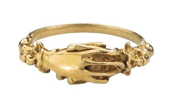 Fede Ring in Gold, 16th century. Source:    Met Museum of Art