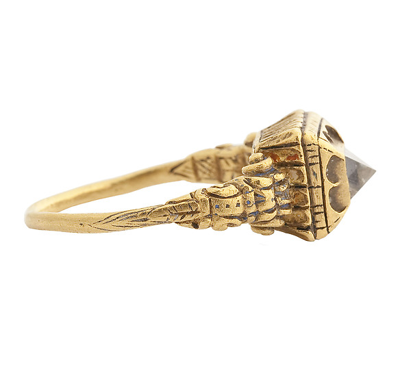 Renaissance Diamond Ring, Gold and diamond, 16th century. Source:    Met Museum of Art