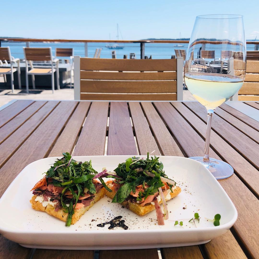 port townsend vineyards, live music, waterfront