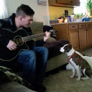 China is determined to learn to play the guitar someday!