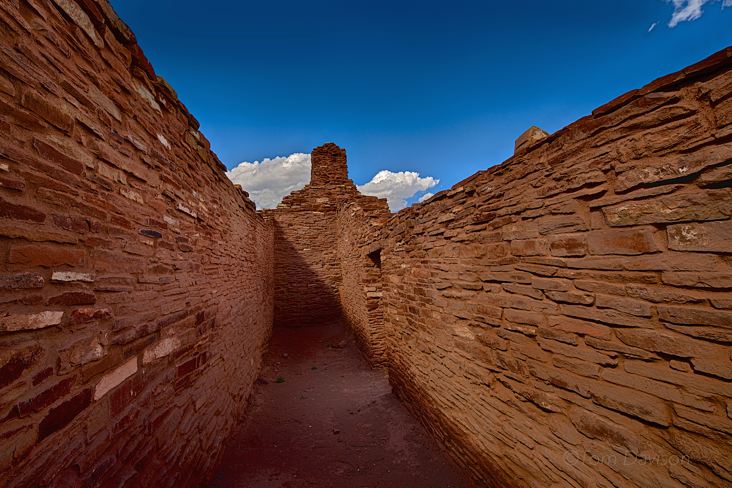The walls were sometimes so high you could not see over them. It was easy to feel like you were in a rock maze.