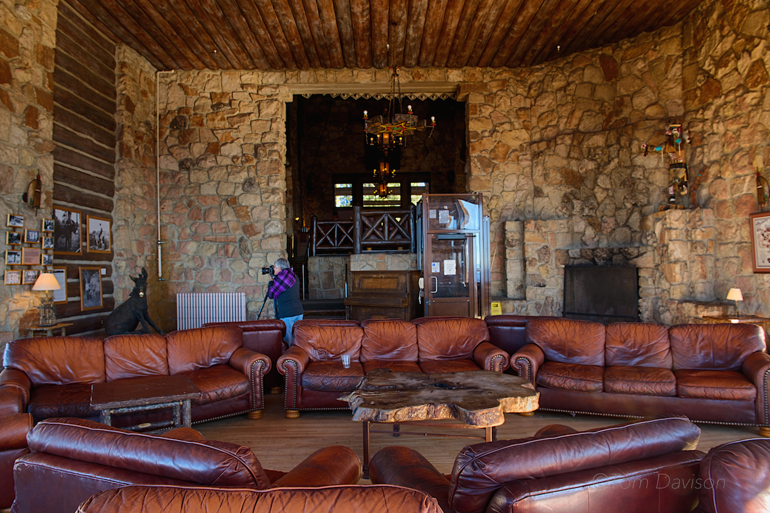 The Lodge reminded me of another era's interpretation of luxury. No, I did not intend to get in Tom's shot. I was there first (I think). Behind Tom were huge windows offering up a panoramic view of the Canyon.