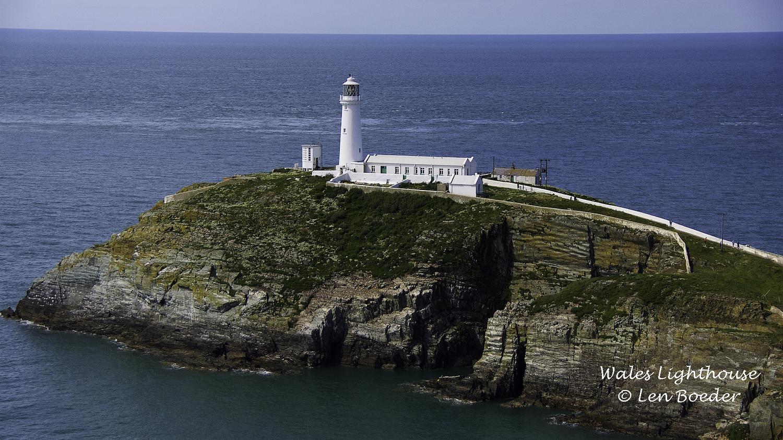 Wales Lighthouse 1005.jpg