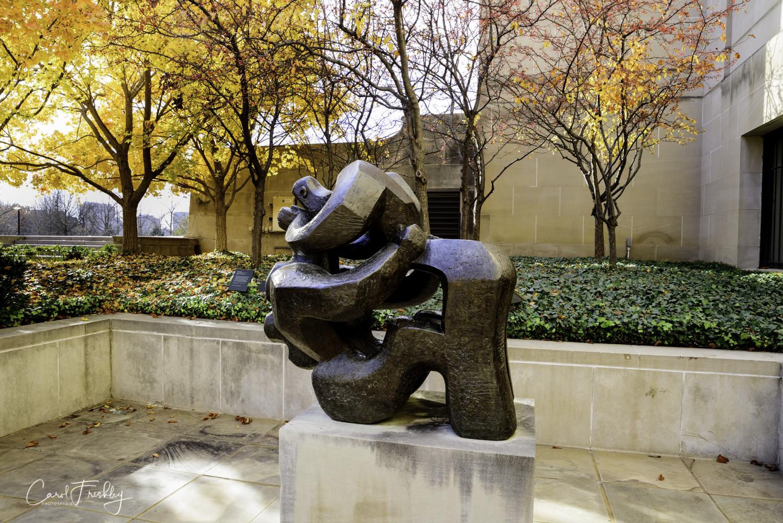 Neslon-Atkins Sculpture Garden-16.jpg