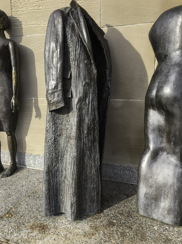 Neslon-Atkins Sculpture Garden-59.jpg