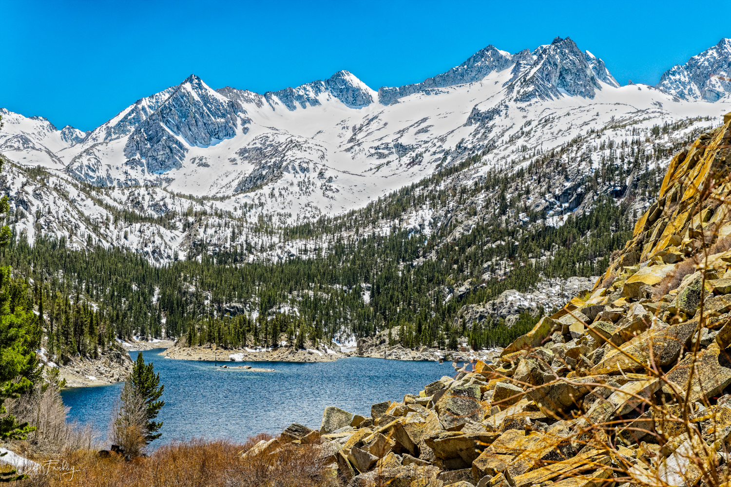 South Lake had more snow in the surrounding mountains. I cannot get over how blue the skies and lakes are!