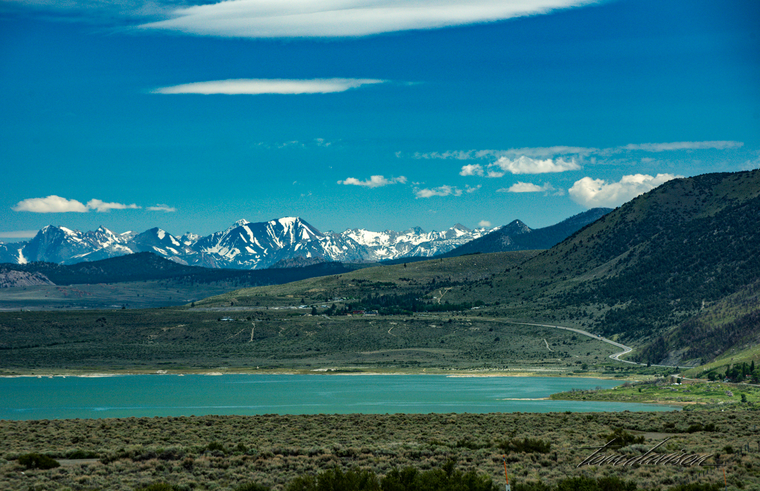 On the way home we stopped at an overlook and below us was the beautiful Mono Lake with its blue-green water. There was still snow on some of the taller mountains. Perfect photographic ending of a very fun-filled day.