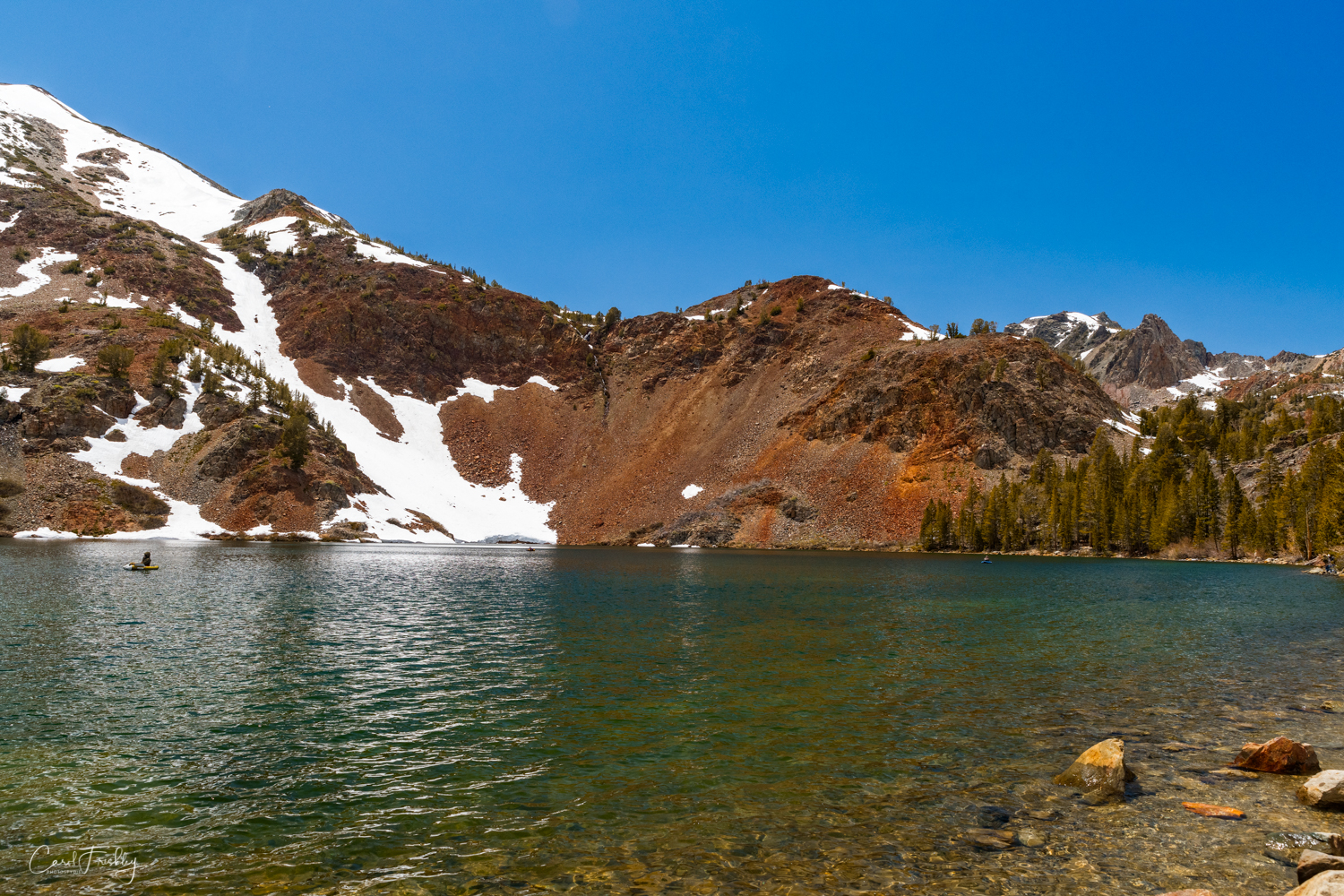 The lake is popular with anglers, hikers and campers. There is a trailhead near the lake that serves as one of several gateways into Yosemite National Park and other great hikes in the Sierra Nevada, including the Pacific Crest and John Muir Trails.