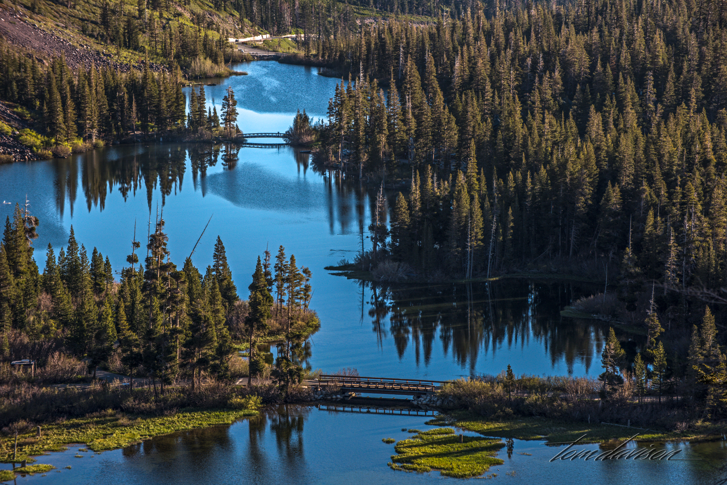 Twin Lakes in Mammoth Lakes recreational area.