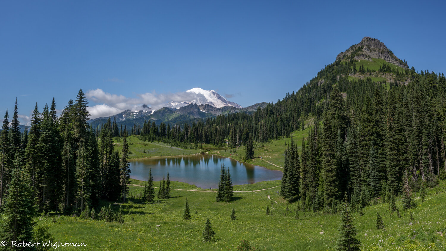 Tipsoo Lake is one of the most popular stops to capture The Mountain. Bob knew exactly where to take us for a wide view scene.