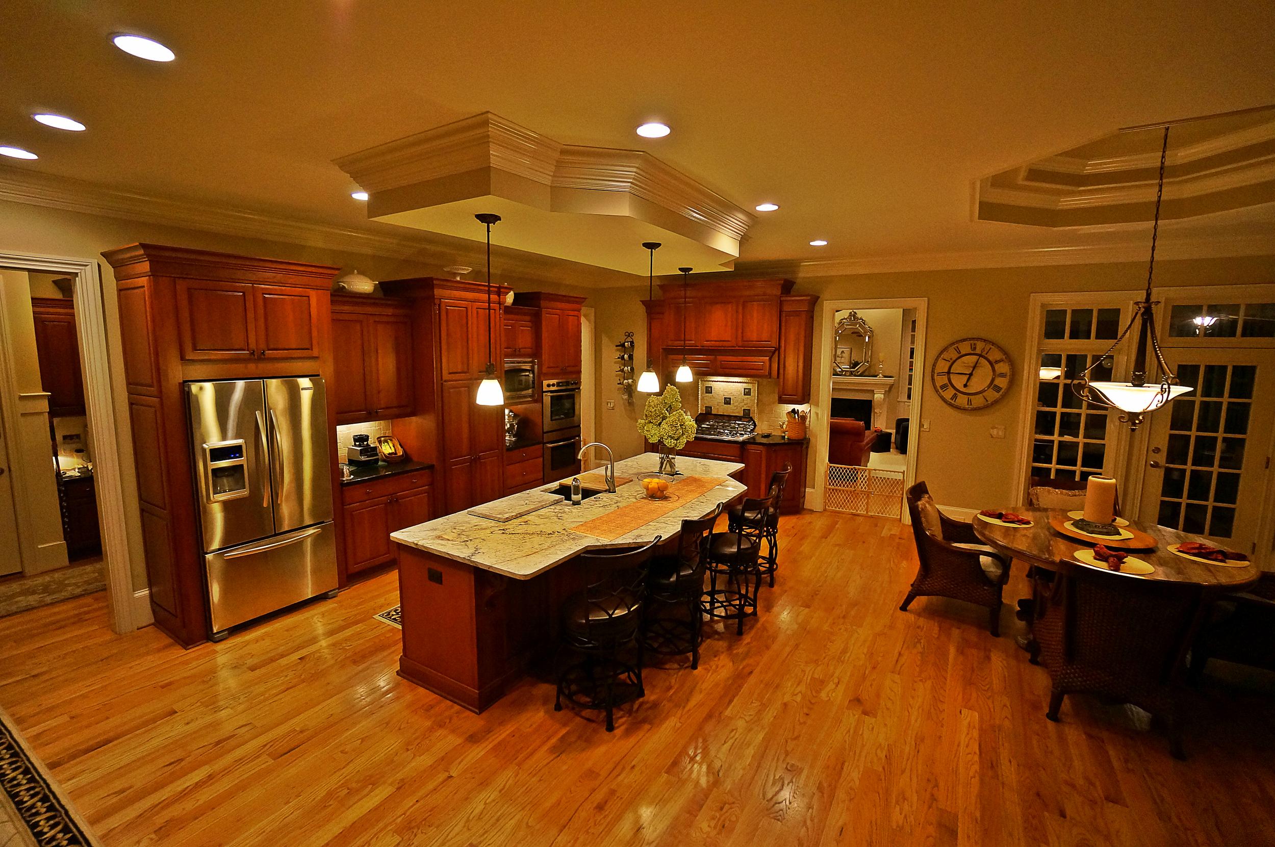 kitchen4edit.jpg