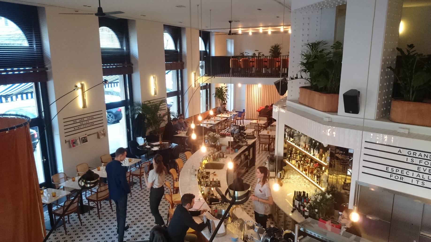 Liberté Budapest Restaurant & Grand Café - világításvezérlés