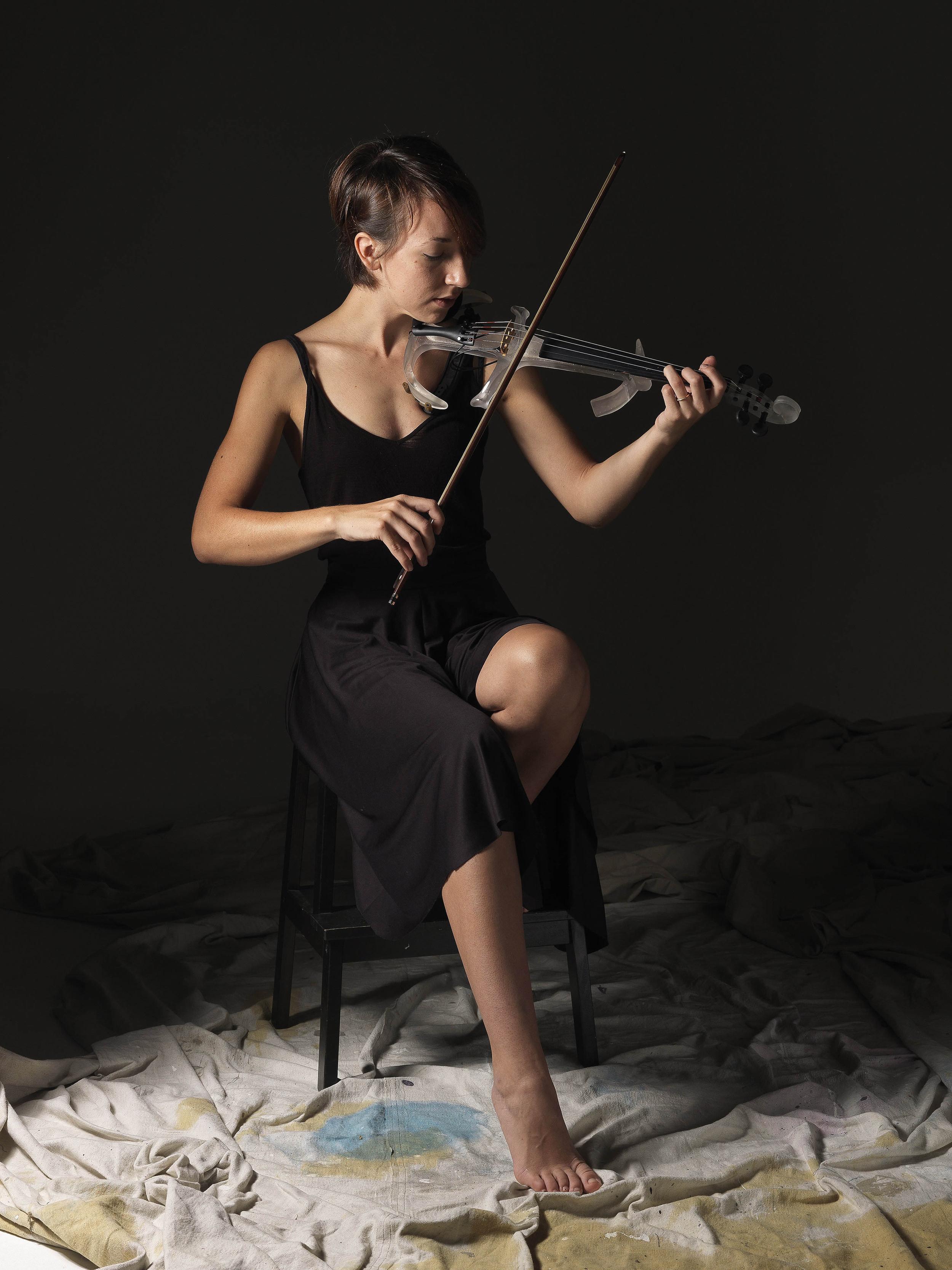 A Giocherellare (Violin Sculpture)