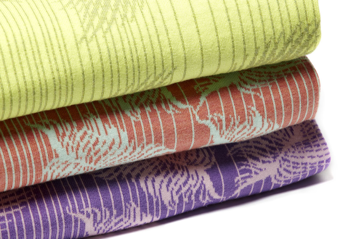 BLANKETS > INHOUSE JACQUARD KNITTED  Vintage pre-digital knitted fabric, Jacquard tech, merino wool