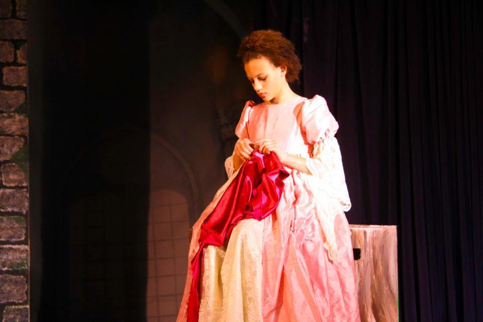 R+G, Ophelia sewing.jpg