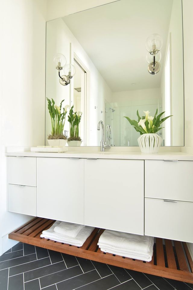 06. Lot 2 Bathroom.jpg
