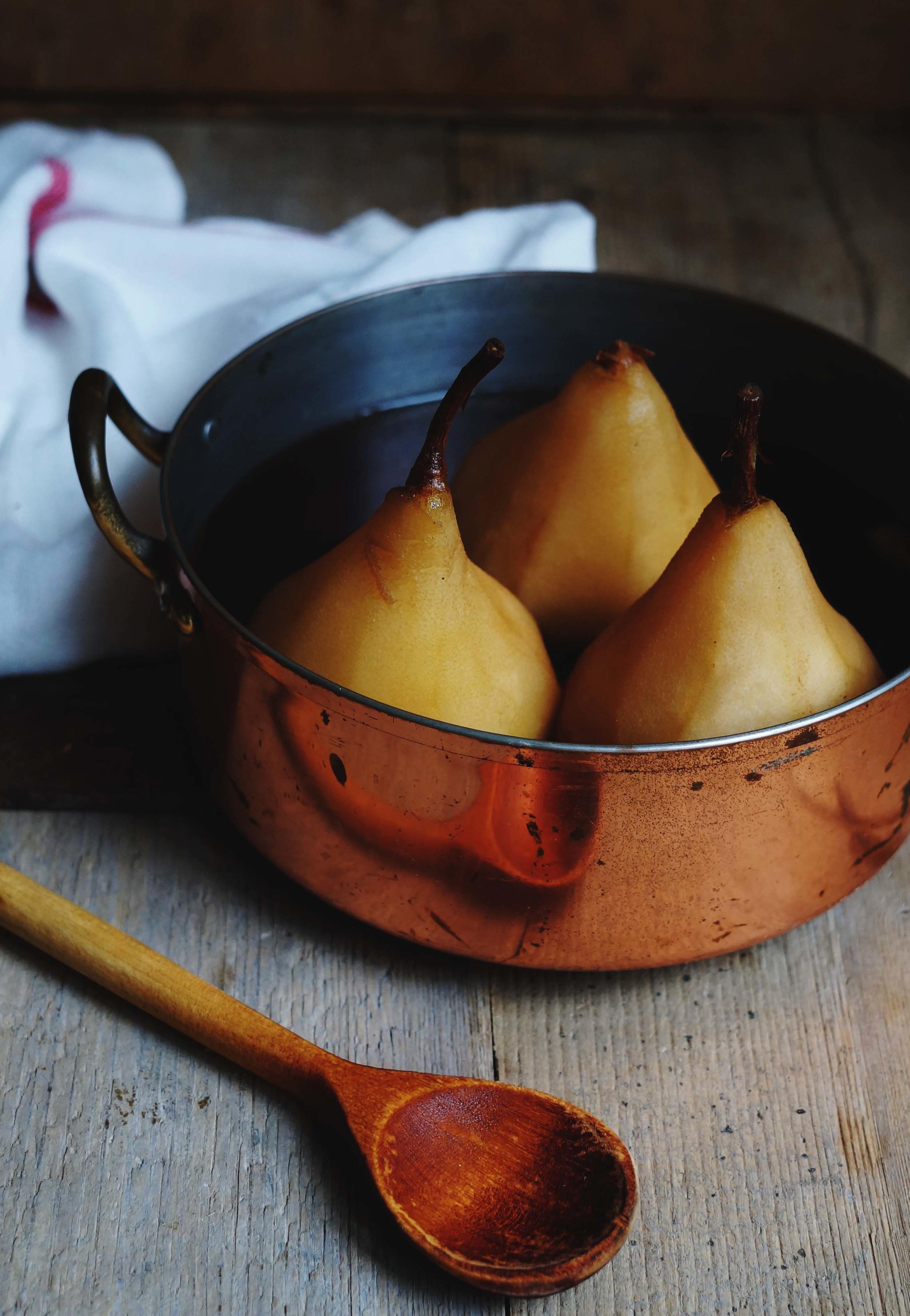 Cuisine de Clementine - Chai thee stoofperen met chocolade ganache