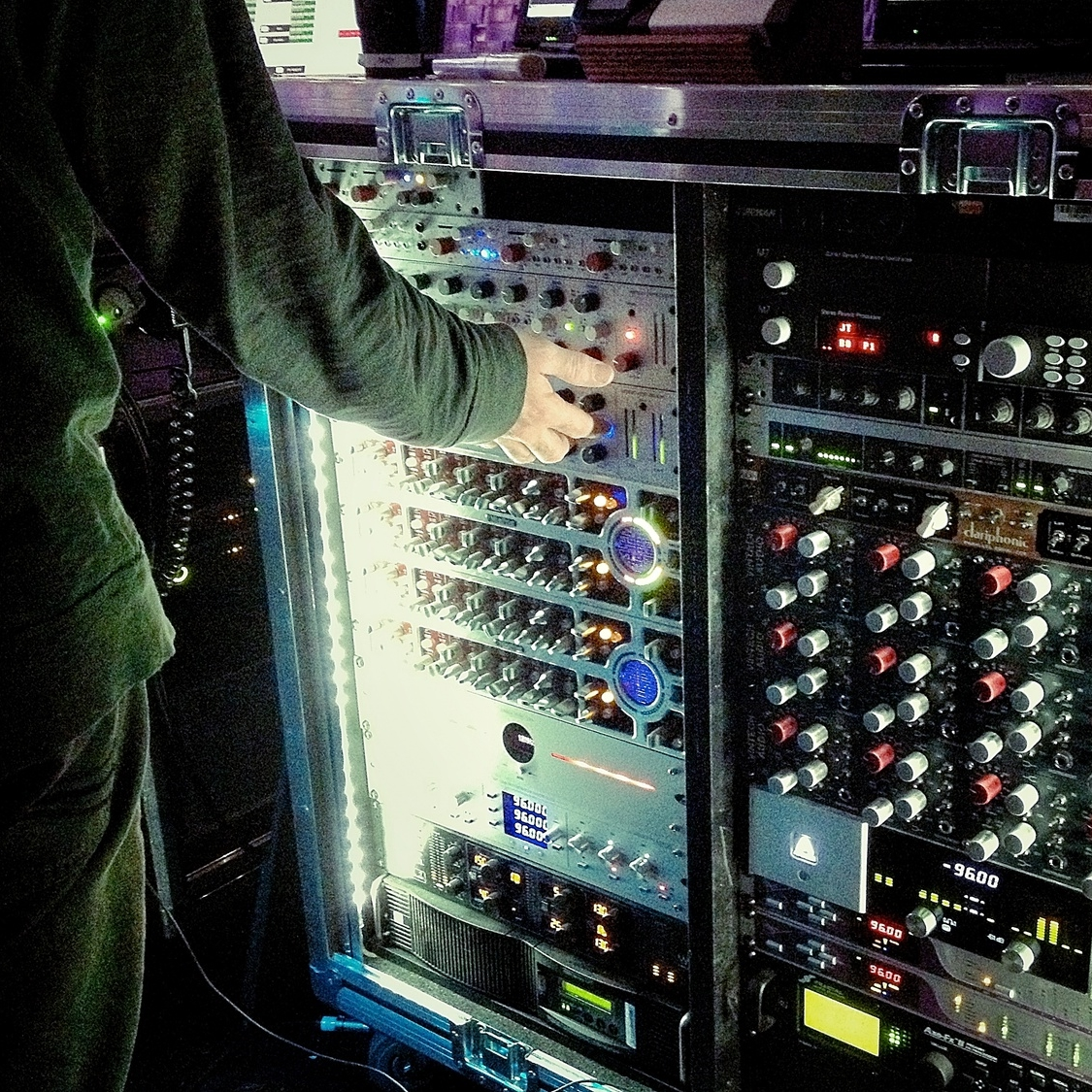 Andy's beautiful, deliciousrack of outboard gear.