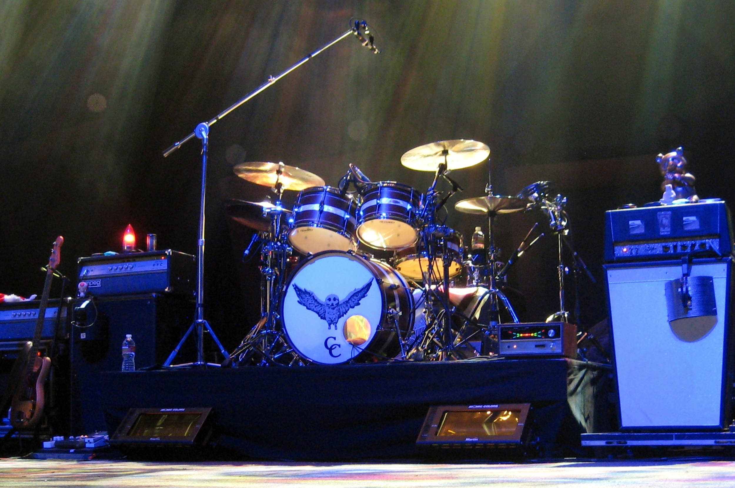 The VR1s as drum overheads on tour with My Morning Jacket.