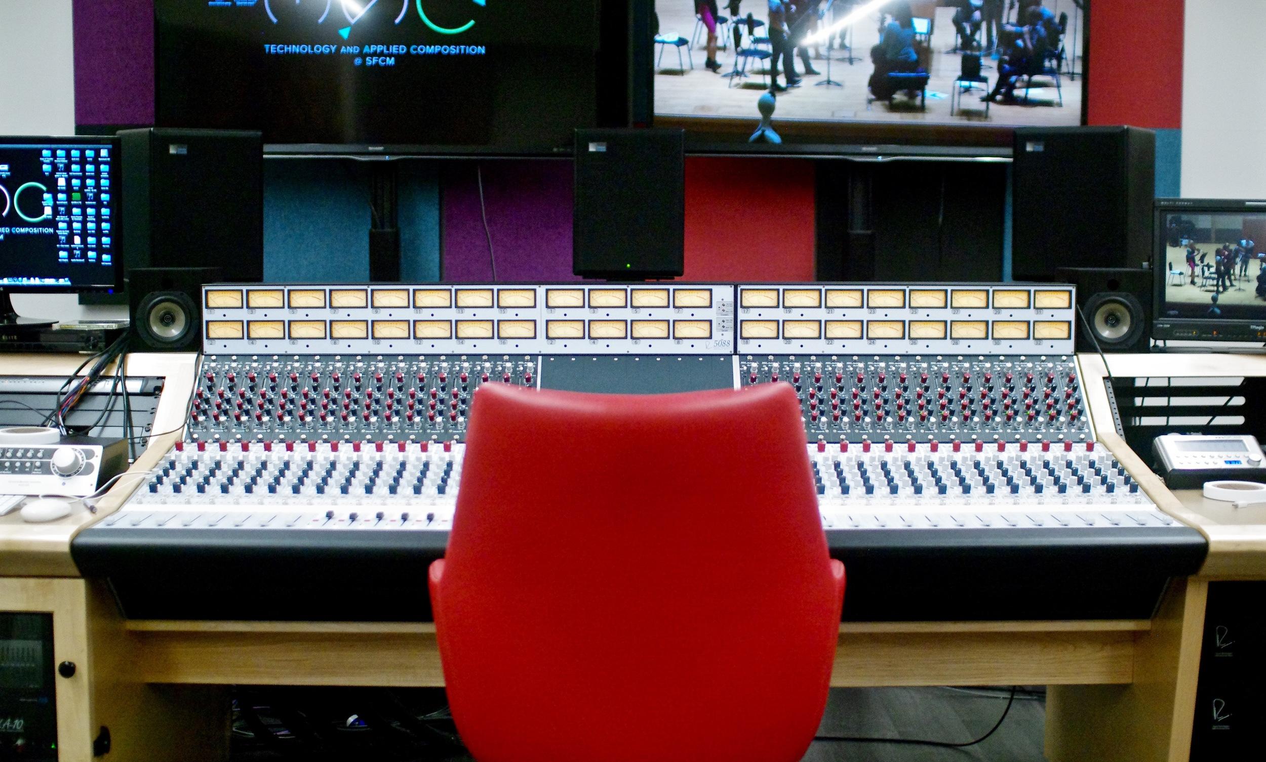 SFCM-console-chair.jpg
