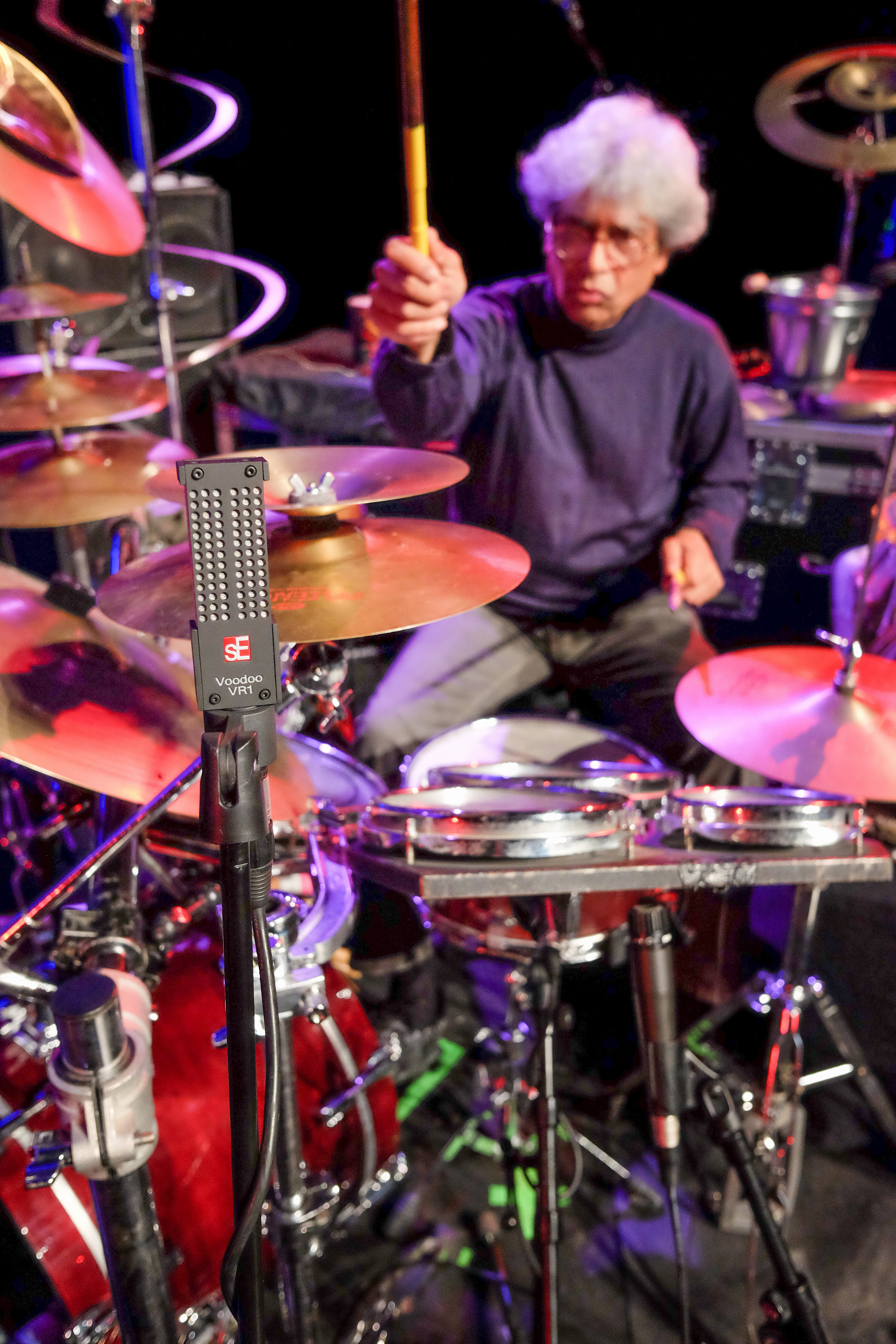 Jan Garbarek´s drummer Trilok Gurtu and the Voodoo VR1.