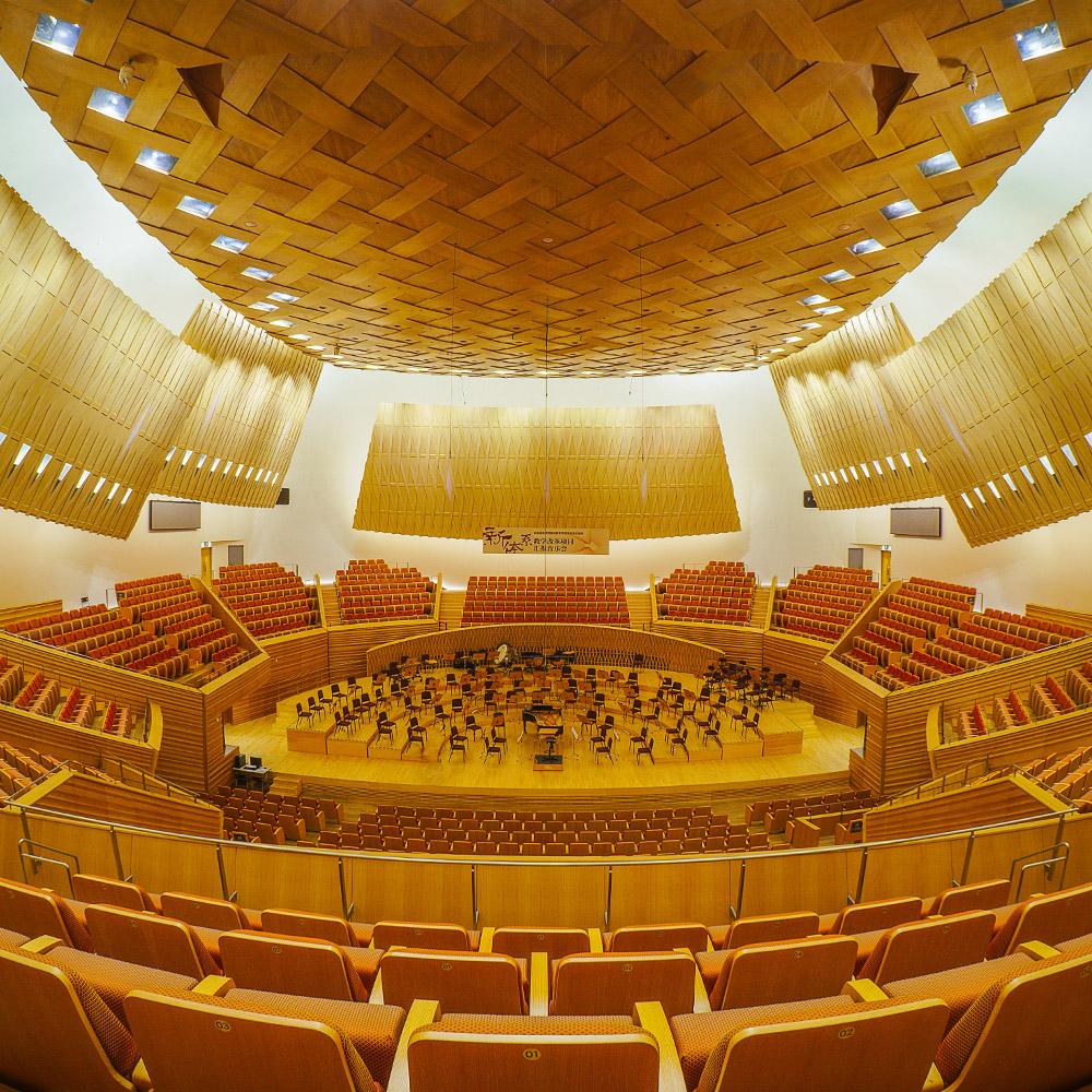 <p><a href=/artists/shanghai-symphony-orchestra>Shanghai Symphony Orchestra</a></p>