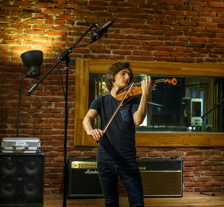 filip-jancik-violin