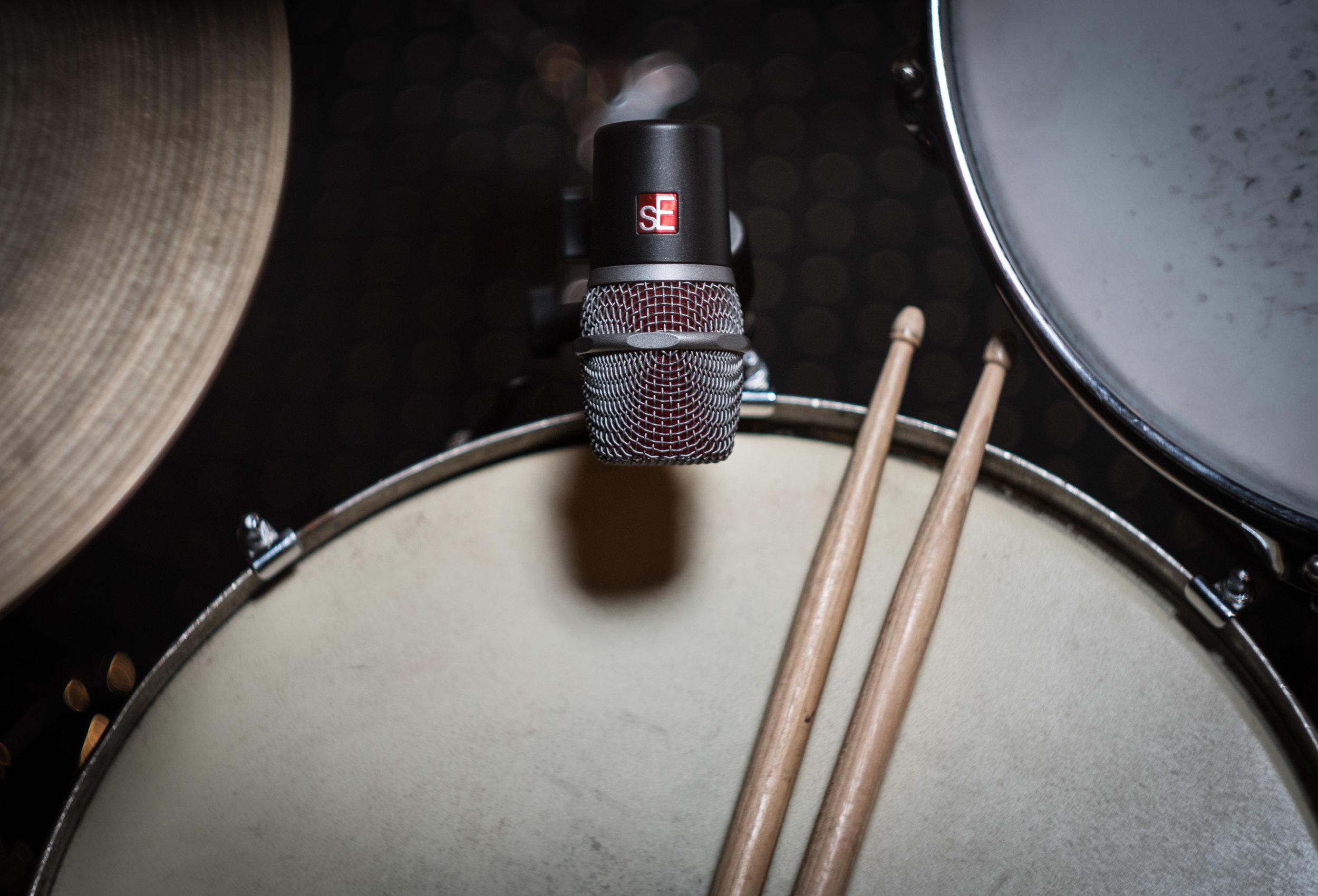 V-series-drums-med-7.jpg