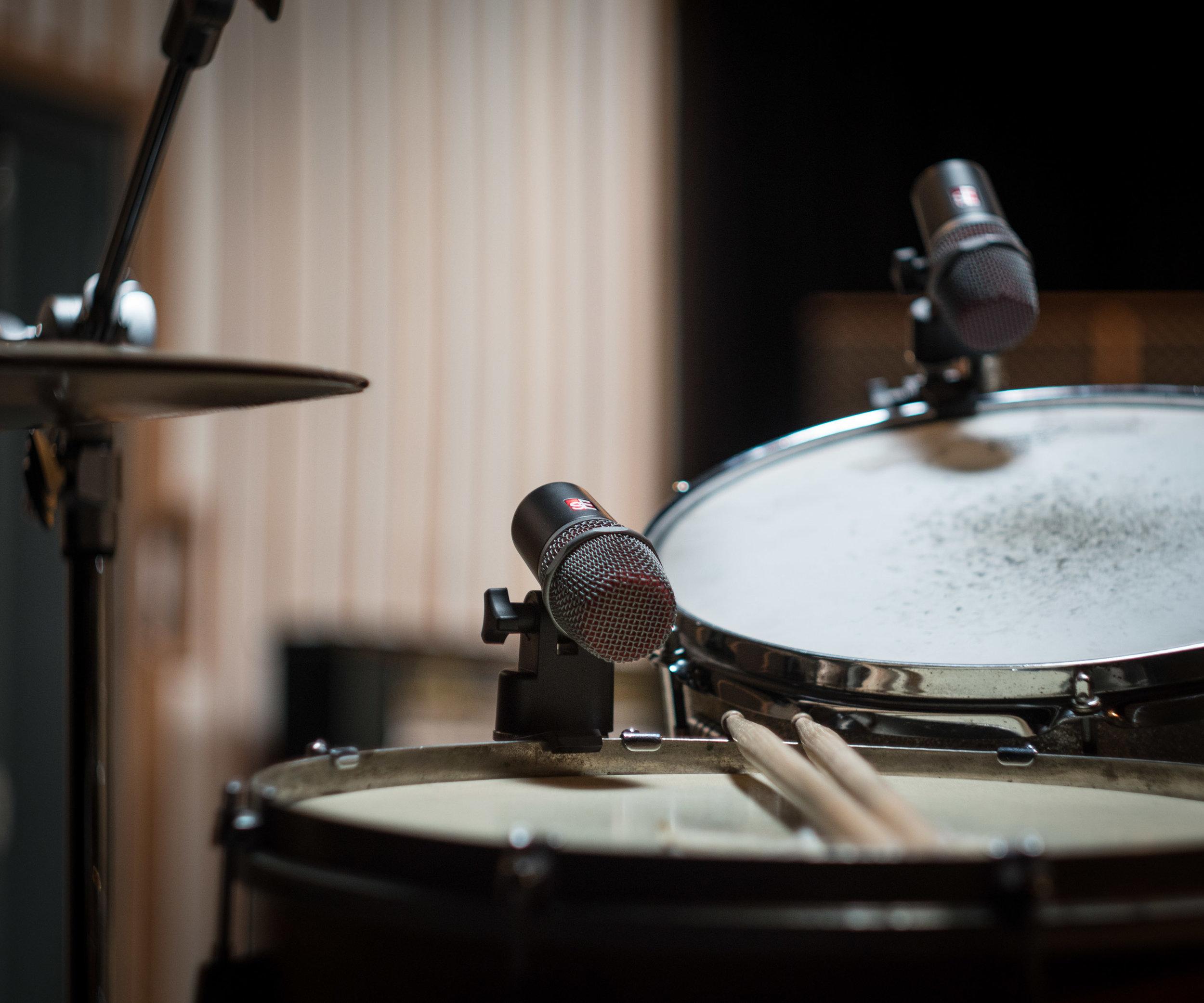 V-series-drums-med-16.jpg
