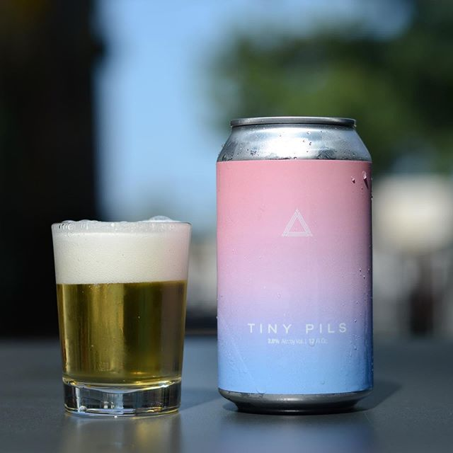 We have a little something fresh and new for this Friday with an accompanying new format size from us. As if gorgeously pale lager couldn't possibly get any more approachable or enjoyable, we present Tiny Pils. Designed with the sometimes need to manage our collective sobrieties with an ABV that'll set you down gracefully, we notice floral lavender, sweet oak like baking spice hop character, and raw clover honey like malt depth. 3.8% ABV and on for draft and 12 oz, 6-pack cans for $13 per 6-pack this Friday in Fulton. ⁣⁣ ⁣⁣ ✔️ 12oz⁣⁣ ✔️ 6-pack⁣⁣ ✔️ Pils⁣⁣ ✔️ Sub 4%